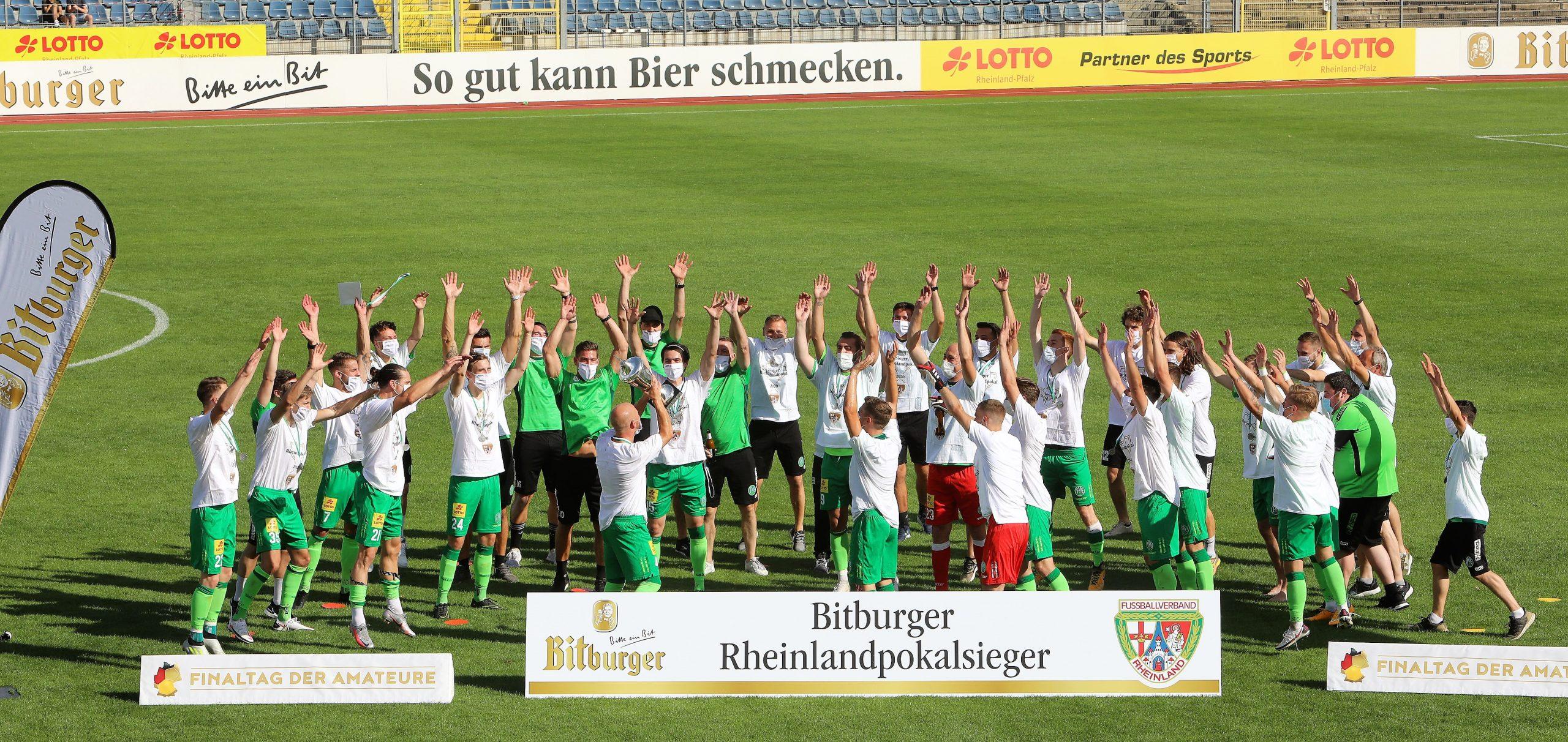 Nicht nur der FC Bayern schreibt Geschichte